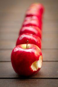 äpplen i rad